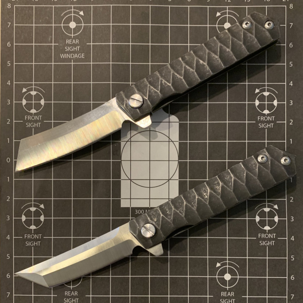 Tactical Threads Scale Knife